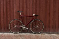 Custom Red Cannondale Track '92 - Pedal Room