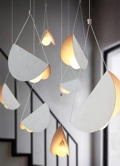 White glider pendant light chandelier - All About Decoration Rustic Lighting, Chandelier Lighting, Lighting Design, Interior Lighting, White Chandelier, Lighting Ideas, Outdoor Lighting, Blitz Design, Lights