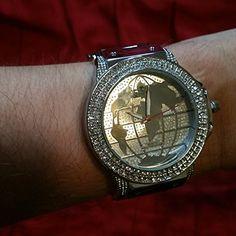 ICE KING Diamond Rhinestone Silver Men's Bling Watch Black Rubber Band Stylish ICE KING http://www.amazon.com/dp/B00T89X8B2/ref=cm_sw_r_pi_dp_LP80ub18WC7CE