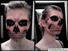 Halloween Face Paint intense.