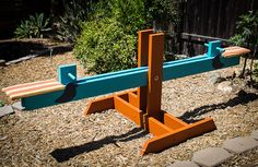 DIY cheap, easy seesaw for the kids (and adults too :)