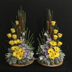 Blumen gestecke Picture outcome for DIY altar flowers Including Private Touches to Your Marriage cer Easter Flower Arrangements, Flower Arrangement Designs, Fall Arrangements, Beautiful Flower Arrangements, Flower Vases, Cactus Flower, Altar Flowers, Church Flowers, Funeral Flowers