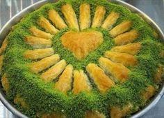 "The recipe for the ""classic"" Baklava – Lina – – Turkish Recipes – Turkish Sweets, Greek Sweets, Turkish Recipes, Italian Recipes, Ethnic Recipes, Turkish Baklava, Turkish Breakfast, Turkish Kitchen, Greek Cooking"