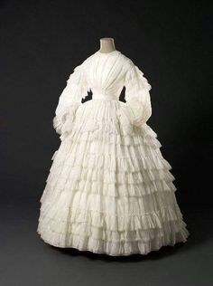 1861, unknown country Muslin wedding or summer dress Palais Galliera
