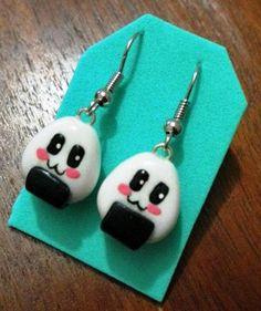 Zarcillos de onigiri♥