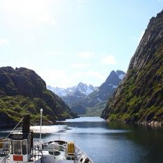 Cruise through Trollfjord