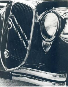 Citroen Traction, Traction Avant, Citroen Ds, Car Car, Cars And Motorcycles, Classic Cars, Automobile, Car Photography, Cry