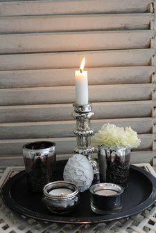 Black and silver - stilleben