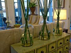 Decorating with vases. Go BIG for decorating or staging a home with vases of all shapes & designs. Bamboo Centerpieces, Vases Decor, Big Vases, Large Vases, Bamboo Crafts, Home And Deco, Home Decor Inspiration, Decor Ideas, Room Ideas