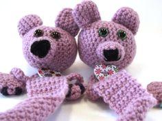 Teddy Bear Bookmark – Free Crochet Pattern – Tangled Co Crochet Bear, Crochet Animals, Free Crochet, Crochet Bookmark Pattern, Crochet Bookmarks, Cute Bookmarks, Book Markers, Knitting Wool, Knit Patterns