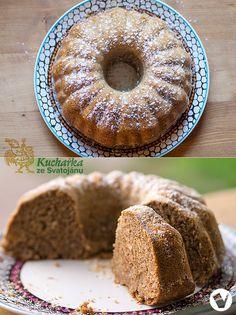 Výborná rychlá bábovka, do větší bábovkové formy. Umeleme 3 lžíce lněného semínka, namočíme ho do 50 ml teplé vody a necháme asi 15 minut na... Healthy Sweets, Healthy Cooking, Healthy Recipes, Bunt Cakes, Czech Recipes, Gluten Free Sweets, Vegan Treats, Sweet Cakes, Pavlova
