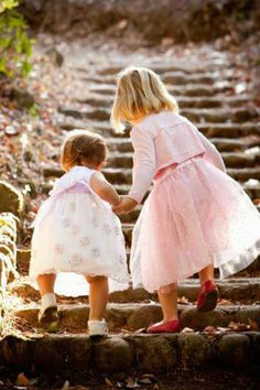 We will share everything in life. Joys and sorrows. We will cry tears of joy and grief. We are sisters. Little People, Little Ones, Little Sisters, Little Girls, Sister Love, Sister Sister, Sisters Forever, Photo Portrait, Cute Photos