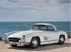 Mercedes-Benz 300 SL Roadster how beautiful is this car?