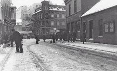 1942, Akerstraat met op de achtergrond Schunck