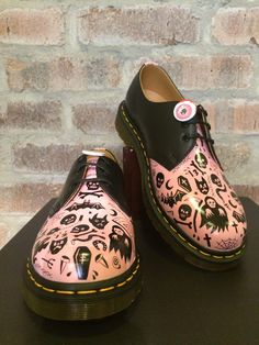 DIY Docs: custom black 1461's by Pippa Toole (@pippatoole on Instagram) (the greatest pair in my collection <3<3<3)