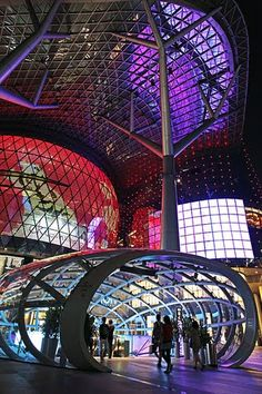 ION-Orchard shopping mall in Orchard, Singapore #architecture