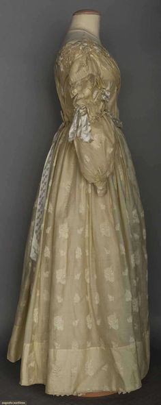 WHITE WOOL BROCADE GOWN, c. 1838