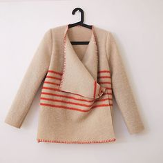 Wool coats from repurposed blankets - Wintervachtjas