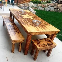 Pallet Furniture Projects Large Pallet Dining Table with Matching Benches - 20 Pallet Ideas You Can DIY for Your Home Wooden Pallet Projects, Wooden Pallet Furniture, Pallet Crafts, Wooden Pallets, Pallet Wood, Outdoor Pallet, Outdoor Projects, Pallet Chair, Table Furniture