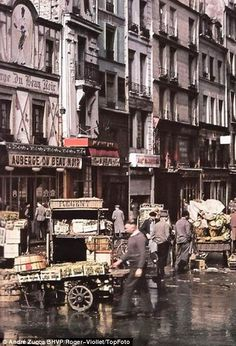 Paris through a Nazi lens: Propaganda images of occupied French capital show citizens thriving under German rule Old Pictures, Old Photos, Ville France, Vintage Paris, Paris Street, Vintage Photographs, Budapest, Street Photography, Amsterdam