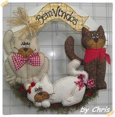 Artesanato com Criatividade: Moldes de Patch Cat Crafts, Sewing Crafts, Diy And Crafts, Sewing Projects, Arts And Crafts, Felt Ornaments, Christmas Ornaments, Cat Fabric, Hanging Mobile