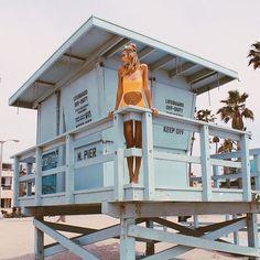 lifeguard on duty Selfie Foto, Beach Poses, Malibu California, Lifeguard, Venice Beach, Beach Pictures, Miami Pictures, Miami Photos, Beach Babe