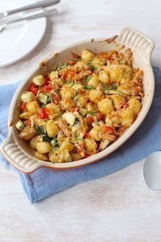 Krieltjes-ovenschotel met kip - in 20 min. in de oven Excel Tips, Oven Dishes, Yummy Food, Tasty, Chicken Casserole, Love Food, Macaroni And Cheese, Food Porn, Food And Drink