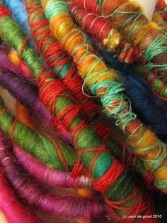 Pam de Groot felted wool and thread. Great for handles of all sorts? Textile Jewelry, Fabric Jewelry, Textile Art, Textile Sculpture, Yarn Thread, Fabric Beads, Wet Felting, Felt Art, Wool Felt