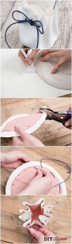Cerimonia fai da te: comincia dalle bomboniere con il nostro tutorial! http://it.dawanda.com/tutorial-fai-da-te/idee-creative/realizzare-sacchetto-portaconfetti-pelle-cordoncino