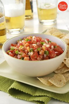 Garden Salsa Recipe - sounds like Pico de Gallo No Cook Appetizers, Appetizer Dishes, Food Dishes, Appetizer Recipes, Delicious Appetizers, Dishes Recipes, Cooking Recipes, Healthy Recipes, Healthy Dips