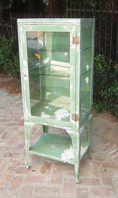 Antique Medical Cabinet  ** I have one of these... Daddy refinished it and we use it as a curio cabinet now **