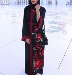 abaya, fashion, and hijab image Islamic Fashion, Muslim Fashion, Modest Fashion, Fashion Dresses, Modest Wear, Modest Outfits, Muslimah Clothing, Modest Clothing, All Black Dresses