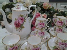 Royal Albert American Beauty Coffee Set