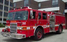 Boston, MA FD Engine 32 2003 Pierce Enforcer 1250/500/CAFS