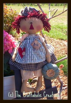 The Craftaholic Creations: NEW pattern & lots of dolls
