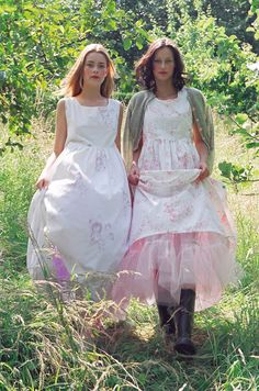 Cabbages & Roses Birthday Cabbages & Roses Birthday – No… - Top-Trends Old Dresses, 17th Birthday, Mori Girl, Looks Vintage, Trends, Country Girls, Country Life, Pretty In Pink, Beautiful Outfits