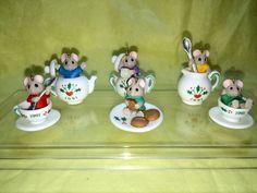 Hallmark Keepsake Miniature Ornaments Tiny Tea Party Mice & Teacups 1991 Display