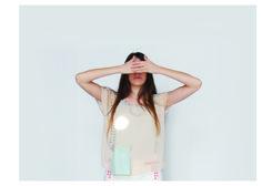 CRISTALINO Work: Flavia Yanniello - Micaela Rigo Diseño y producción de indumentaria Cátedra Saltzman 2014 FADU UBA Técnica: Corte láser Fashion design with laser cut Copyright