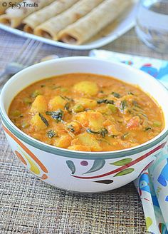 Today's recipe is rich and creamy curry made with Potato/Aloo-Peas-Methi leaves combo. This is one of my experiment which turned out su...