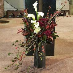 Images about #전례꽃꽂이 tag on instagram Flower Arrangement, Floral Arrangements, Floral Designs, Ikebana, Amazing Flowers, Altar, Cool Stuff, Plants, Image