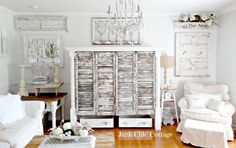 10 heavily distressed chippy furniture pieces via somuchbetterwithage.com