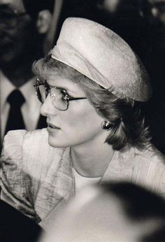Rarely seen photo of Princess Diana in glasses of the  80's. Aren't we all glad she got rid of them... :). The first ive ever seen.