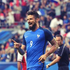 """32.9k Likes, 173 Comments - Arsenal Official (@arsenal) on Instagram: """" Olivier Giroud scored a hat-trick this evening in #France's win over #Paraguay #arsenal #COYG…"""""""