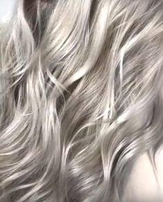 Best shampoo for gray hair turning yellow Purple Shampoo For Blondes, Best Purple Shampoo, Best Dry Shampoo, Best Shampoos, Natural Shampoo, Lila Shampoo, Shampoo For Gray Hair, Color Shampoo, Grey Hair Turning Yellow