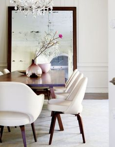 Soft & pretty dining room