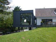 extension sur pilotis par Alain Demarquette, architecte DPLG - Proville, France