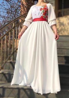 Rochie stilizata cu motive traditionale lunga  | rochie cu maci
