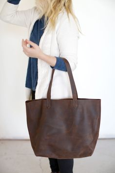 Nisolo | Lori Tote in Oak