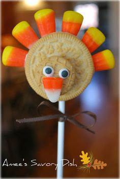 Amee's Savory Dish: Turkey Cookie Pops #Thanksgiving is for for #vegetarian and #vegan lifestyles too!