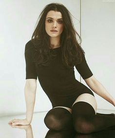 Rachel Weisz - black leotard and black stockings Pretty People, Beautiful People, Beautiful Women, Beautiful Celebrities, Beautiful Actresses, Actrices Hollywood, British Actresses, Celebrity Crush, Celebrity Photos